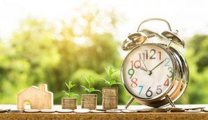 שעון מתקתק עם כסף